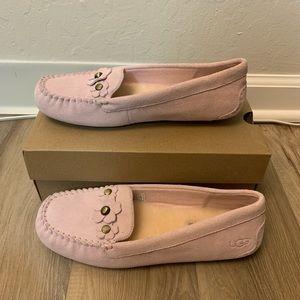 NIB UGG Lizzy Poppy Slip - on Moccasin Slippers